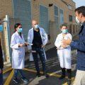 El Ayuntamiento y el Hospital General de Castelló estudian mejorar el reciclaje en el centro sanitario