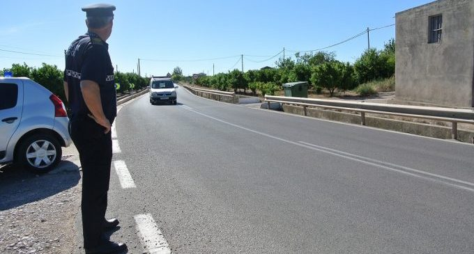 La Policía de Almassora refuerza la vigilancia del campo por la temporada de cítricos