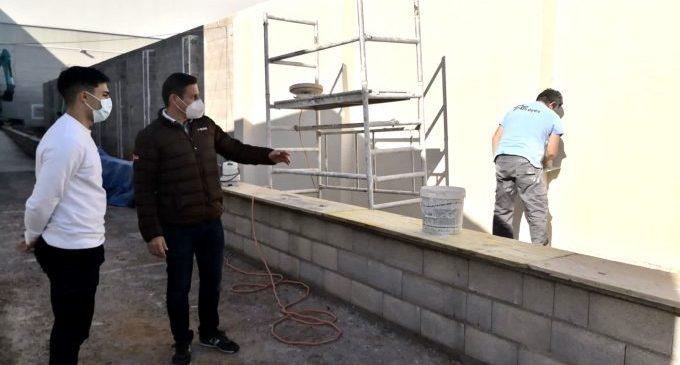 Almassora contracta a empreses locals per a millorar el poliesportiu amb 46.000 euros