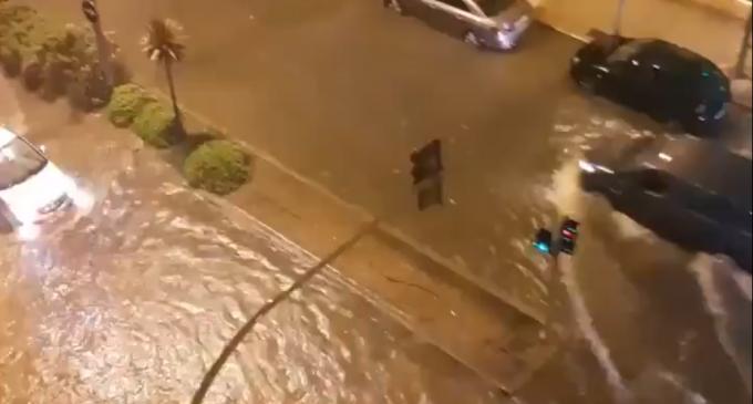 Les intenses pluges provoquen incidències lleus en Castelló