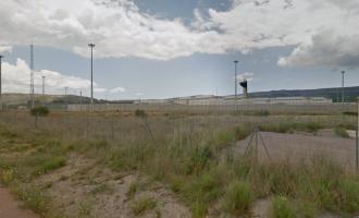 Dos módulos de la cárcel de Albocàsser aislados por el contacto estrecho con un positivo en una paella