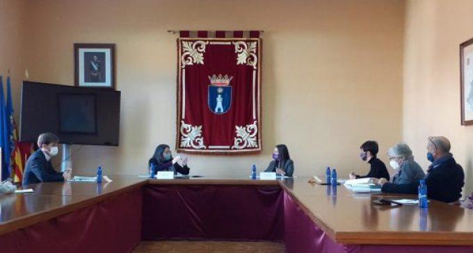 """Oltra: """"La inversió d'Igualtat en els equips socials de la Vall d'Uixó s'ha multiplicat per set des de 2015"""""""
