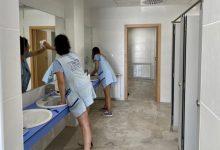 Almassora destina 1,6 milions d'euros a la neteja de col·legis en quatre anys