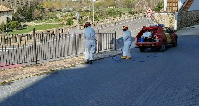 La Diputació realitza des de l'inici de la pandèmia 600 desinfeccions en els pobles per a alliberar els espais públics de Covid-19