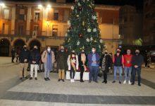 Nules dona la benvinguda al Nadal amb l'encesa de l'arbre
