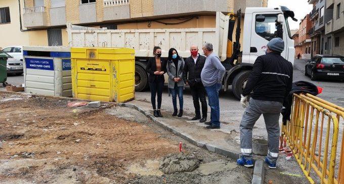 L'Ajuntament de la Vall d'Uixó adequa l'accés nord al CEIP Rosario Pérez