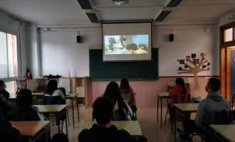 L'Ajuntament d'Almenara i Escola Valenciana promocionen el cinema en valencià