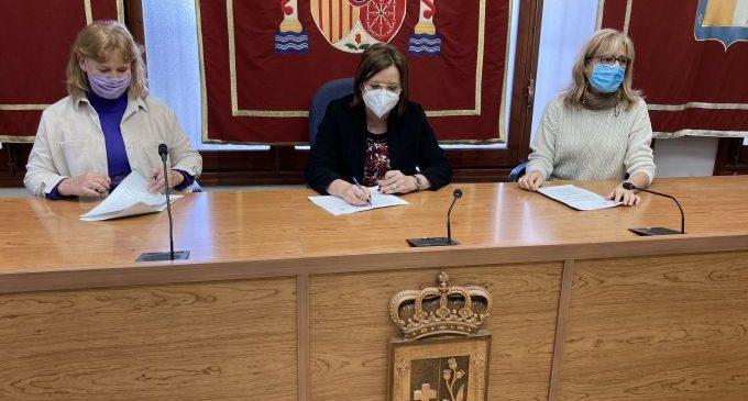 Benicarló renueva el convenio para controlar las colonias de gatos en el casco urbano