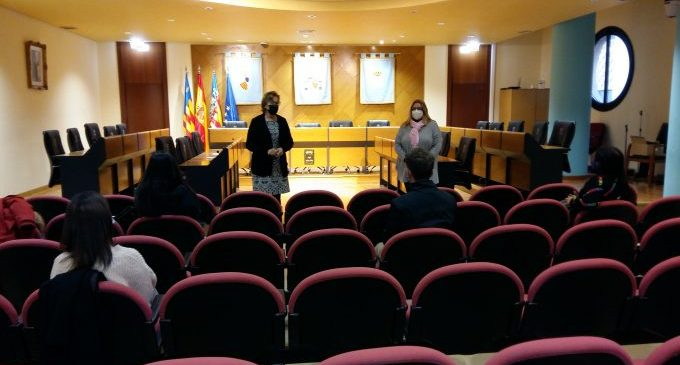 Borriana contracta 5 joves a través del programa EMPUJU de la Generalitat