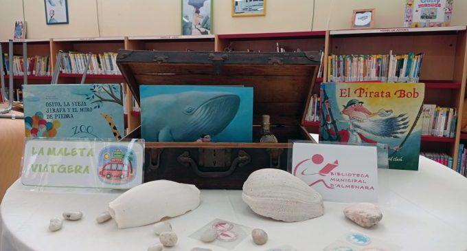 """La Biblioteca Municipal d'Almenara fomenta la lectura con """"les maletes viatgeres"""""""
