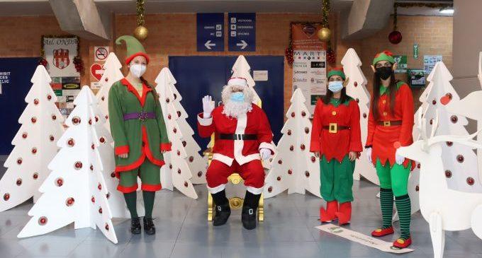 Prop de 500 xiquets onders tenen l'oportunitat de demanar els seus regals a Papa Noel i els patges reals