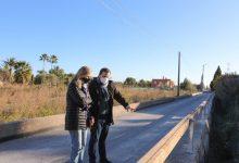 Castelló millora la seguretat del Camí la Fileta amb la repavimentació i la col·locació d'una barrera en la séquia