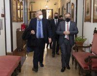 La Diputació signa una pòlissa de crèdit de 18 milions d'euros amb Cajamar per a activar els avançaments de tresoreria sol·licitats pels ajuntaments