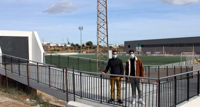 Milloren l'accessibilitat del camp de futbol de l'Alcora