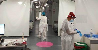 Llegan los primeros pacientes covid al hospital de campaña de Castelló
