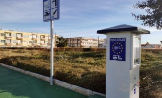 Almenara abre una nueva área de autocaravanas en la Playa Casablanca