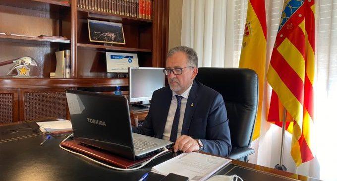 La Diputació de Castelló tanca la Piscina Provincial i suspén el Bibliobús per a posar fre a la pandèmia