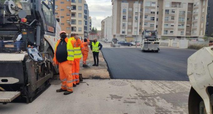 Vila-real desplega un pla especial d'asfaltat en vies urbanes a través del nou contracte de manteniment