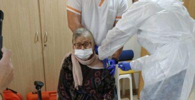 La vacunación contra la COVID-19 protege al 98,7% de residentes en la Comunitat Valenciana