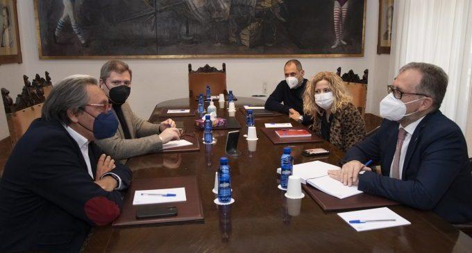 La Diputació trasllada a Ashotur la intenció d'activar un nou fons d'ajudes de 5 milions d'euros per a autònoms i microempreses