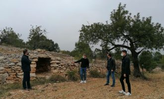 Peníscola elabora un catàleg dels béns de pedra en sec en el seu terme municipal
