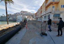 Avancen les obres de reurbanització de l'avinguda de la Mar a Peníscola