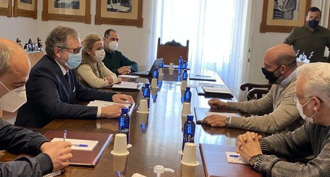 La Diputació trasllada a Ashocas que incrementarà fins a 9,2 milions les ajudes als sectors més afectats per la crisi