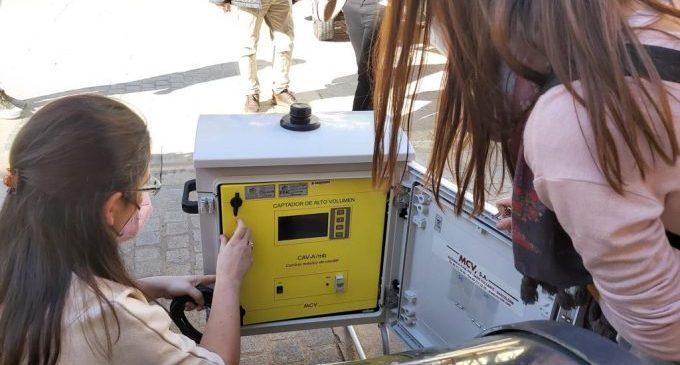 L'UJI instal·la mesuradors d'aire per a alertar de possibles brots de Covid-19