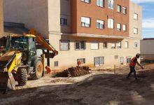 En marxa les obres per a la creació d'una zona verda amb un parc infantil al carrer Camí Nord de l'Alcora