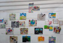 El Mercat Municipal d'Almenara acull el mural del Dia Escolar de la Pau