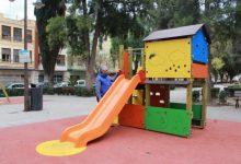 Borriana instal·la tres noves zones infantils de jocs en tres barris del municipi