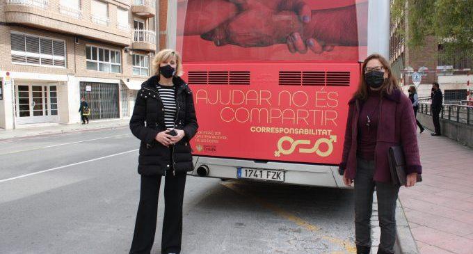 Castelló fa una crida a la corresponsabilitat real i reivindica que 'ajudar no és compartir' aquest 8-M