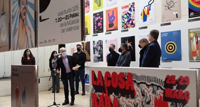 L'exposició 'Prohibit fixar cartells' ofereix a Castelló un recorregut per la cultura i la societat valenciana dels últims vint anys