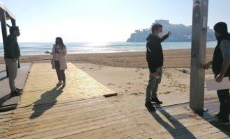 Peníscola prepara les seues platges per a donar la benvinguda a turistes de proximitat per Setmana Santa