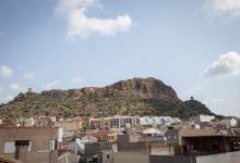 Almenara organiza una ruta al Castillo para observar aves y fauna