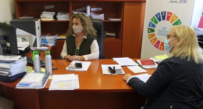 Benicàssim defensa la qualitat dels seus serveis per a aconseguir la declaració de municipi turístic