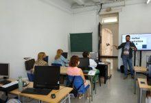 Veïns i veïnes de Borriana podran formar-se en competències digitals i relació electrònica amb l'Administració