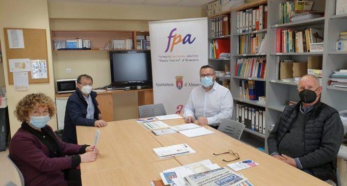 El centre Paulo Freire d'Almenara rebrà 1.500 euros de Caixa Rural per a inserció sociolaboral