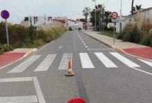 Almenara repinta les marques viàries del nucli urbà i de la Platja Casablanca