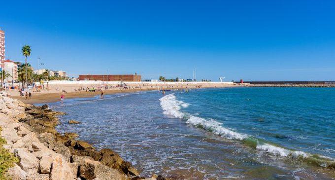Aquest estiu ja no es podrà fumar a les platges de Benicarló
