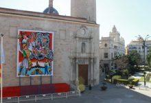 El tapiz de la Mare de Déu ya está instalado en la basílica de El Salvador en Borriana