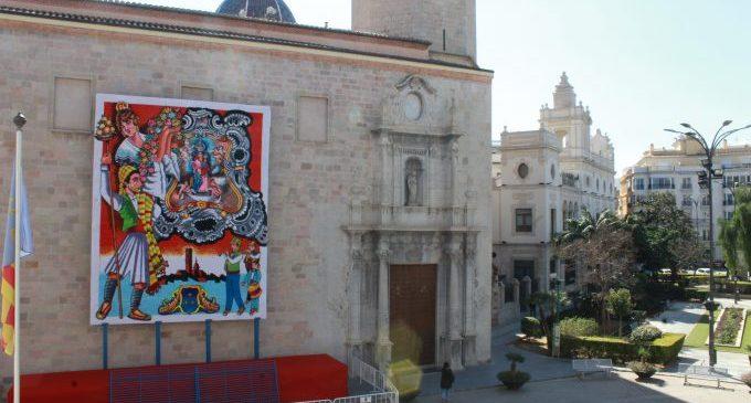 El tapís de la Mare de Déu ja està instal·lat en la basílica d'El Savador a Borriana