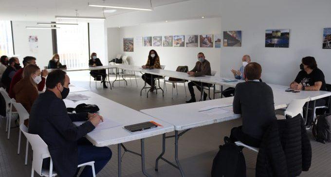 La mesa del Pacte local pel renaixement de Vila-real prepara noves accions per a reactivar la ciutat