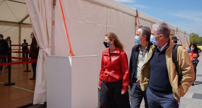 Marco visita el Palau de Congressos i supervisa el dispositiu especial de seguretat per la vacunació massiva