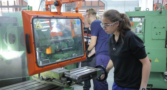 Educació instaura 28 cicles nous de Formació Professional a Castelló