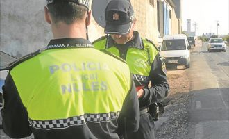 La Policia de Nules consigue detener a un hombre que debía entrar en prisión