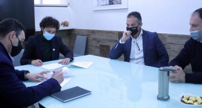 Onda i Peronda Group sumen sinèrgies per a oferir formació als ondenses en el sector ceràmic