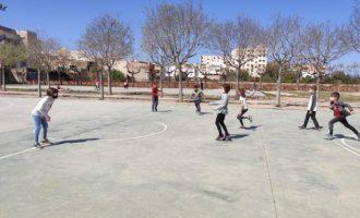 Prop d'un centenar de xiquets participen en l'Escola de Pasqua Easter English de Vinaròs