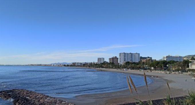 """Benicàssim rep 19 propostes per als 7 """"xiringuitos"""" oferits a les platges"""