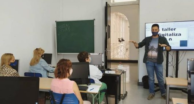 Borriana i la fundació Fisat organitzen un taller de competències digitals orientades a l'ocupació